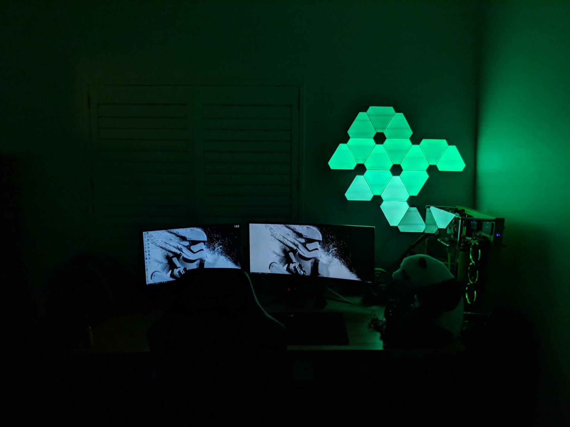 Nano Leaf Lights Design